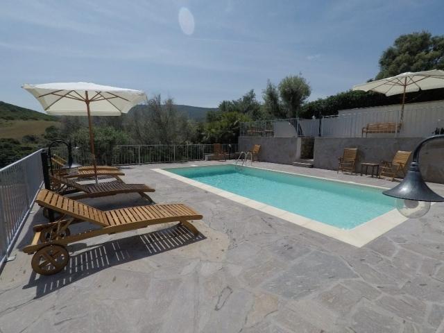 Piscine de Lu Bagnu Vacanze - Castelsardo, Sardaigne