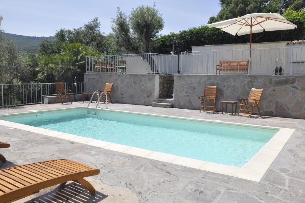Piscina Lu Bagnu Vacanze - Castelsardo, Sardegna